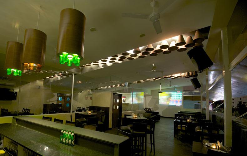 Kamat-and-Rozario-Architecture-Esko-Lounge-Design-1