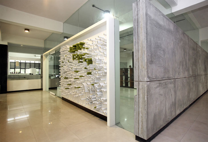 Kamat-and-Rozario-Architecture-22-Feet-Office-Design-5