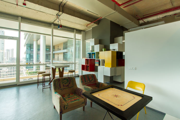 Kamat-and-Rozario-Architecture-8-bit-Office-Design-3