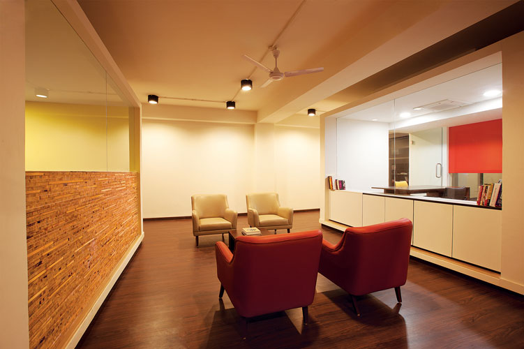 Kamat-and-Rozario-Architecture-White-Canvas-Office-Design-4