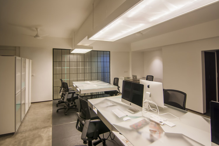 Kamat-and-Rozario-Architecture-Stirred-Creative-Office-Design-8
