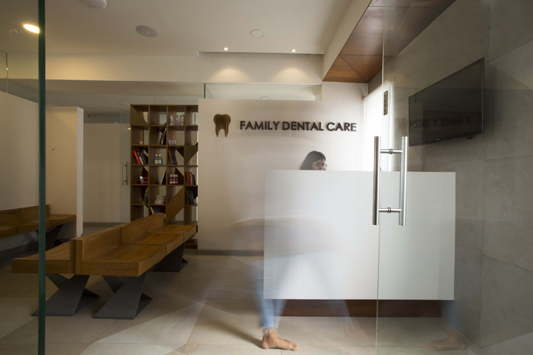 Dental clinic interior in bangalore 3