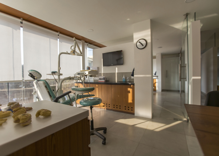 Dental clinic interior in bangalore 4