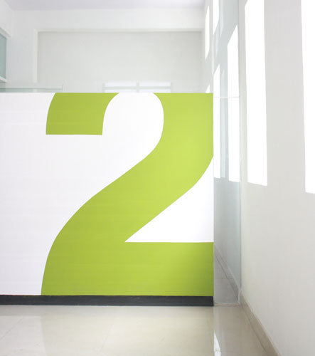 Kamat-and-Rozario-Architecture-22-Feet-Office-Design-2