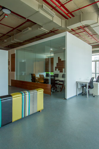 Kamat-and-Rozario-Architecture-8-bit-Office-Design-2