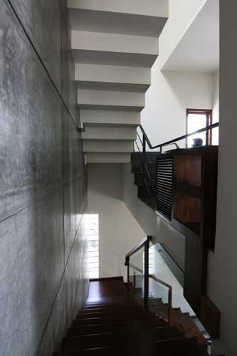 Kamat-and-Rozario-Architecture-House-328-Design-6